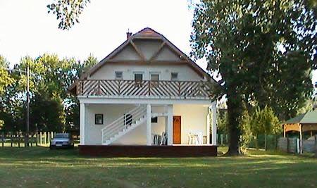 Andi-house-2