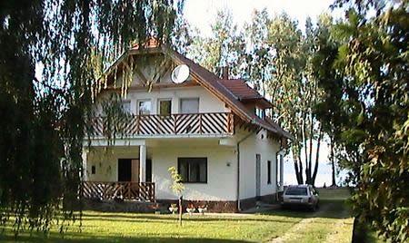 Andi-house